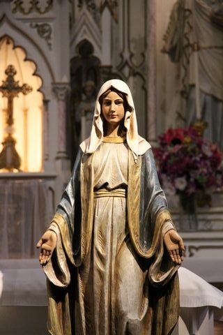 Virgin Mary statue at conference in Glasgow Missouri church