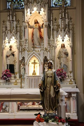 statues in church in Glasgow, Missouri
