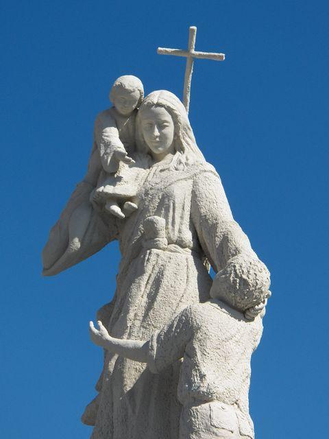 Virgin Mary statue in Carthage, Missouri
