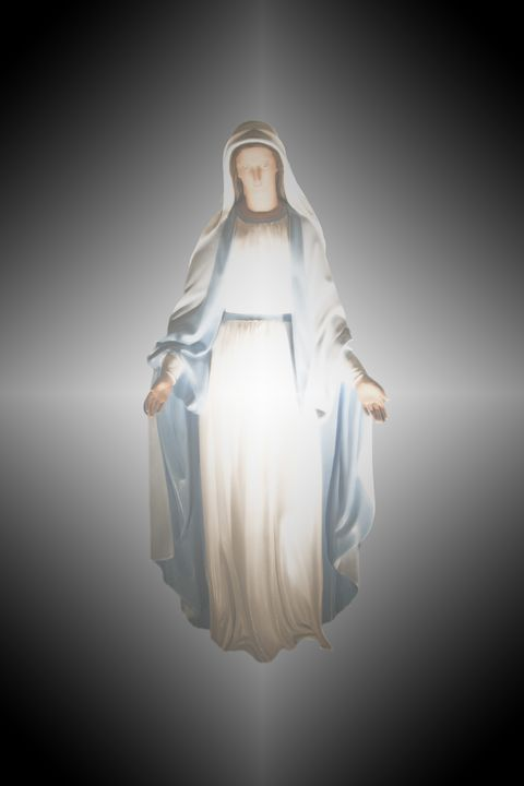 """a woman adorned with the sun"" Virgin Mary apparition simulation"