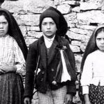 Fatima visionaries: Lucia, Francisco, and Jacinta