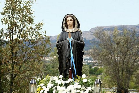 The Virgin Mary begins making appearances in Spain again