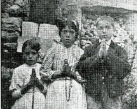 Jacinta, Lucia, and Francisco ready to meet Mary again on July 13.