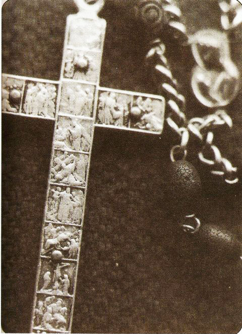 The expensive, carved Rosary cross given by Blessed Mary to Vicka's family BEFORE the apparitions began.