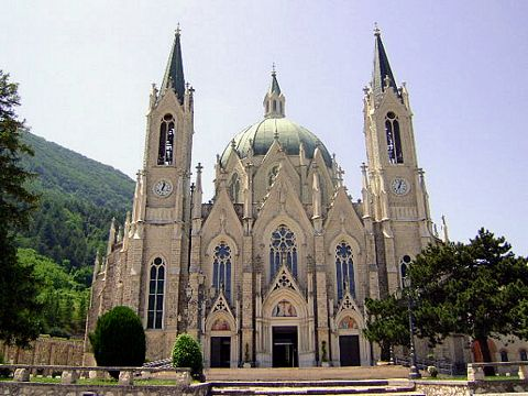Castelpetroso cathedral today in Italy.