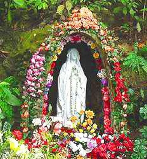 The shrine to Our Lady of Betania at the apparition site.