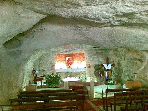 picture #2: An altar was placed in this cave.
